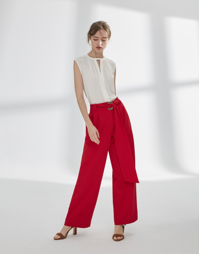 Red palazzo pants with darts