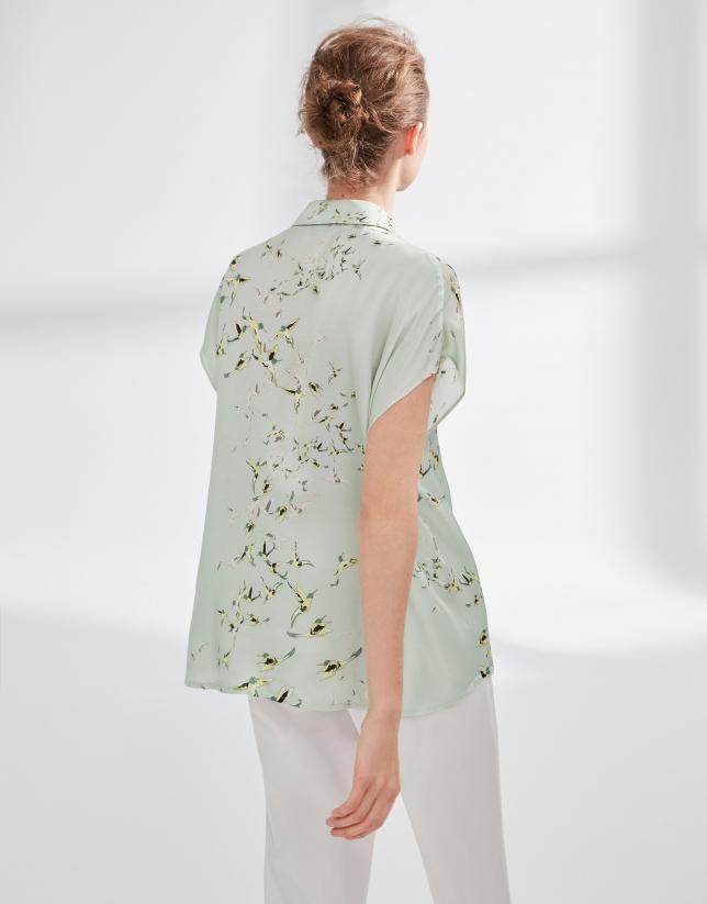 Blusa japonesa verde