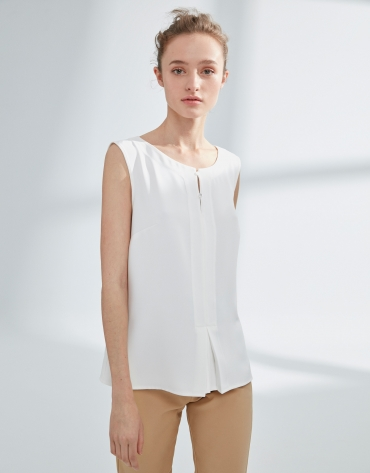Ivory top with two buttons