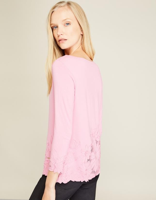 Camiseta bordada rosa