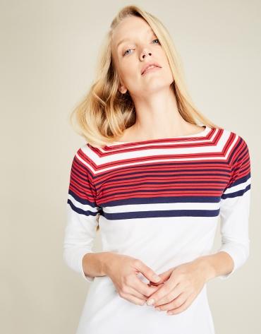 T-shirt blanc à rayures rouges