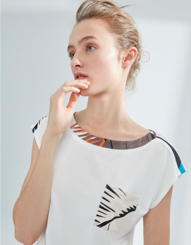 Camiseta blanca combinada tejido palmas
