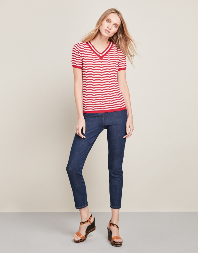 Red short-sleeved striped sweater