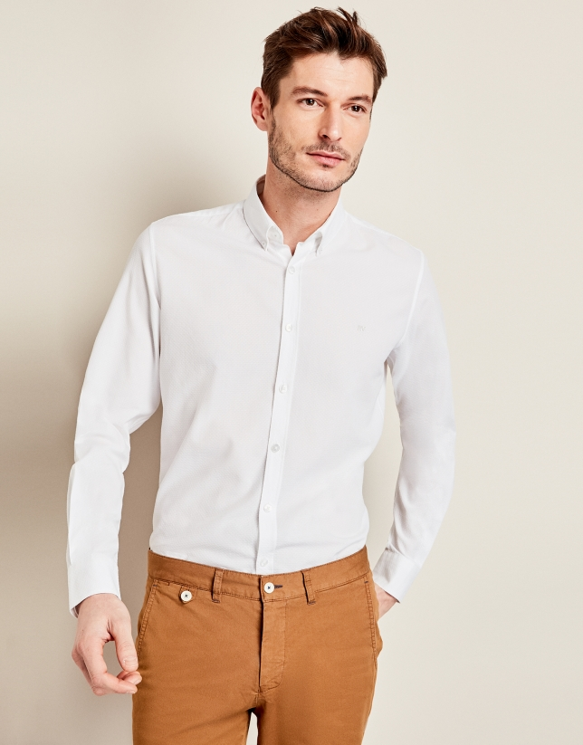Chemise décontractée blanche structurée en faux uni