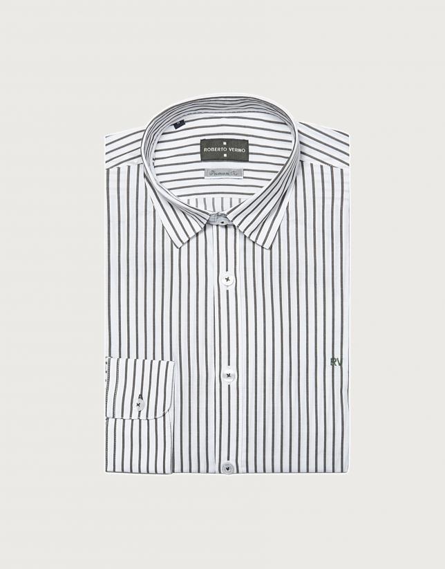 Chemise décontractée à rayures étroites en kaki