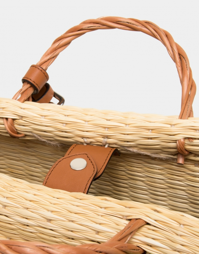 Junco straw bag