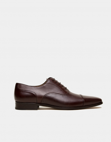 Chaussure Oxford marron, couture prussienne