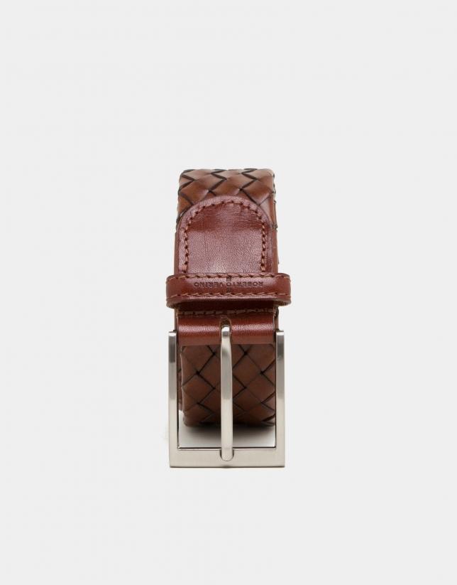 Cinturón trenzado tubular marrón