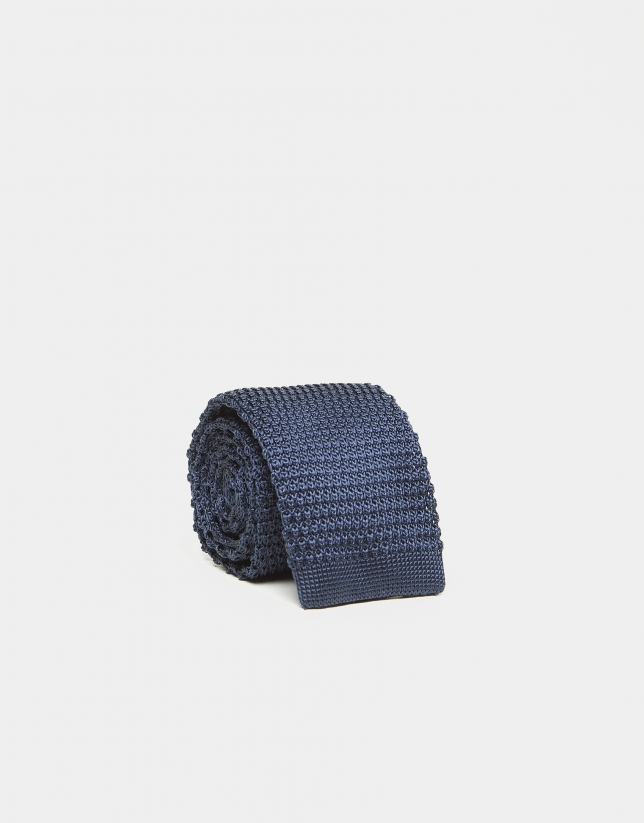 Corbata de punto en color azul marino