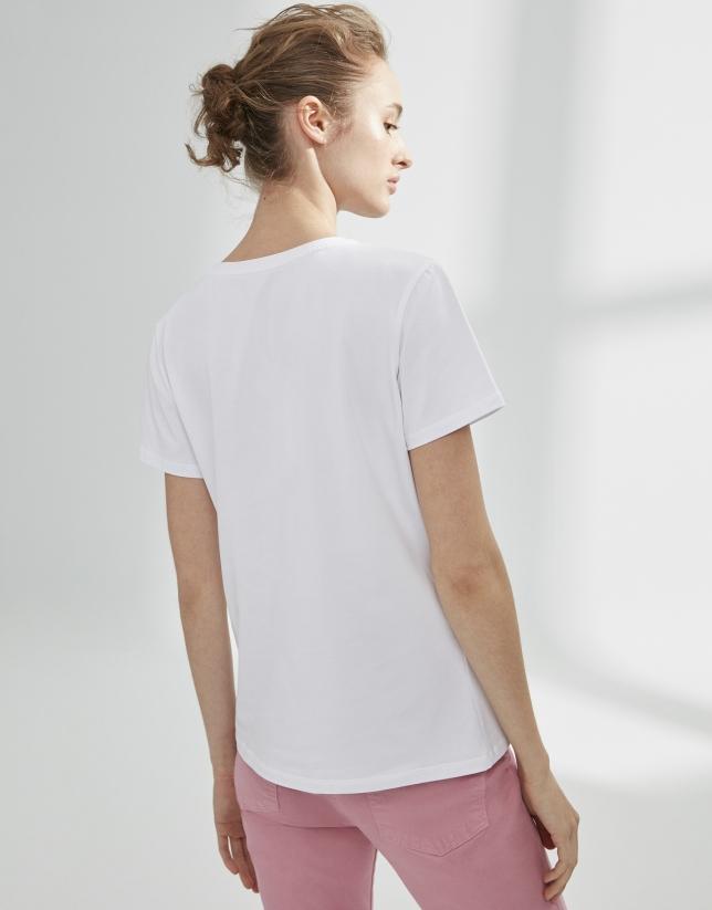 Camiseta blanca paisaje