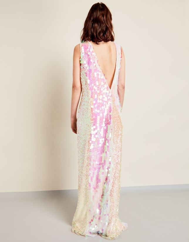 Long dress with pink sequins