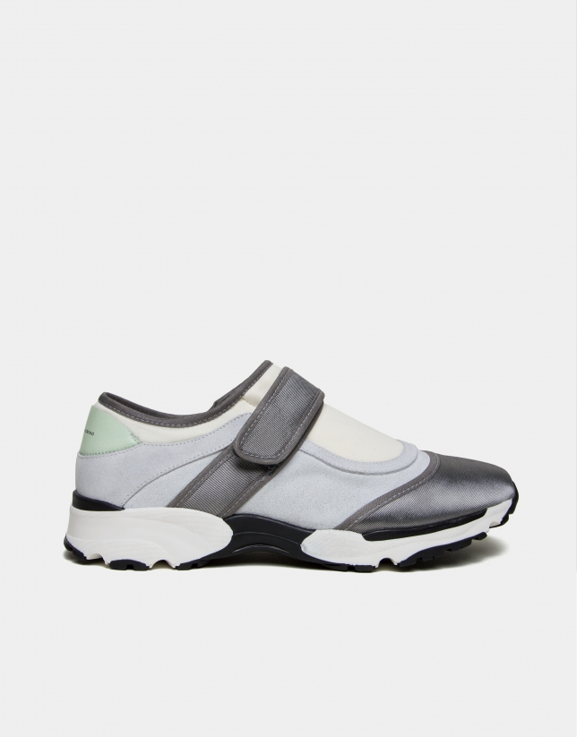 Gray leather and fabric Tulip running shoes