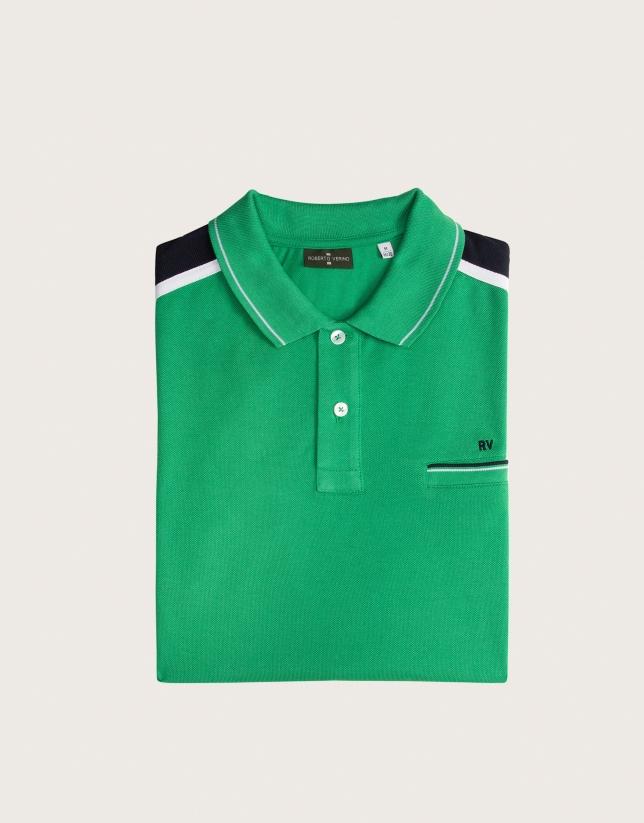 Polo verde rayas hombro