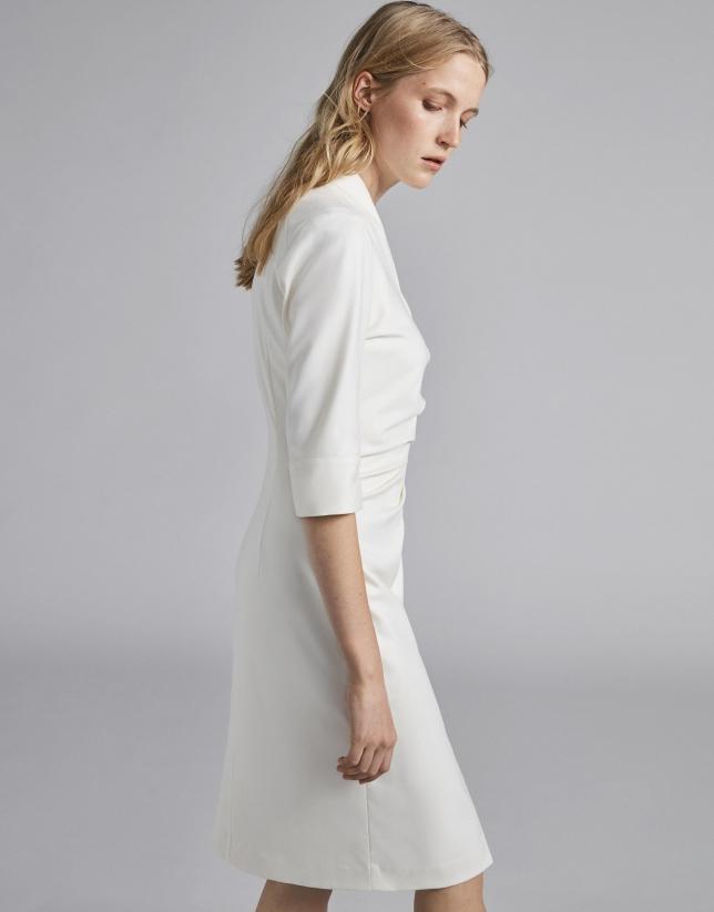 Vestido camisero blanco drapeado