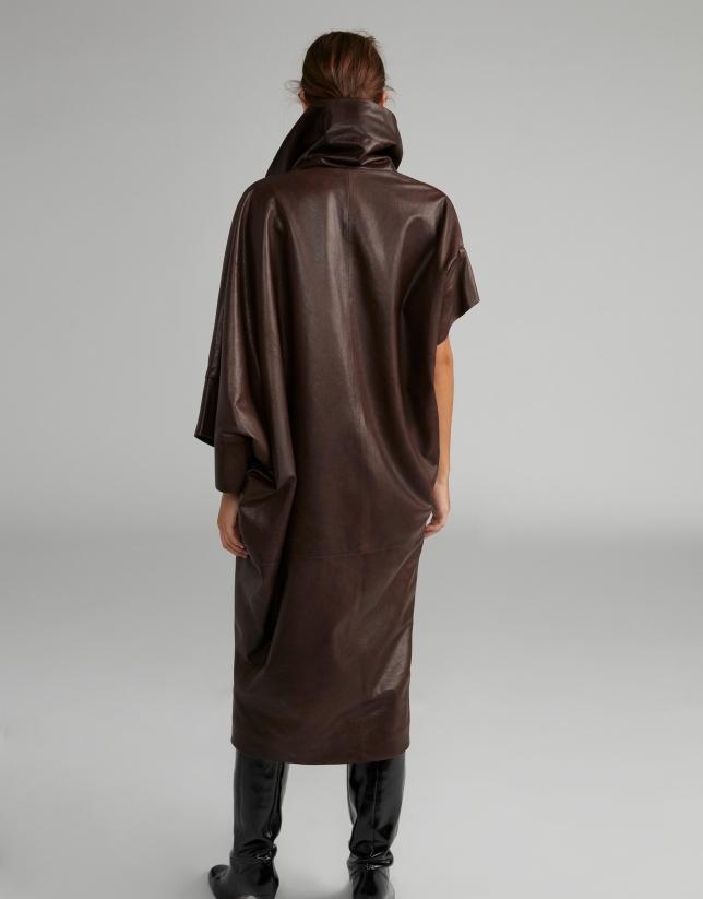 Vestido napa marrón asimétrico