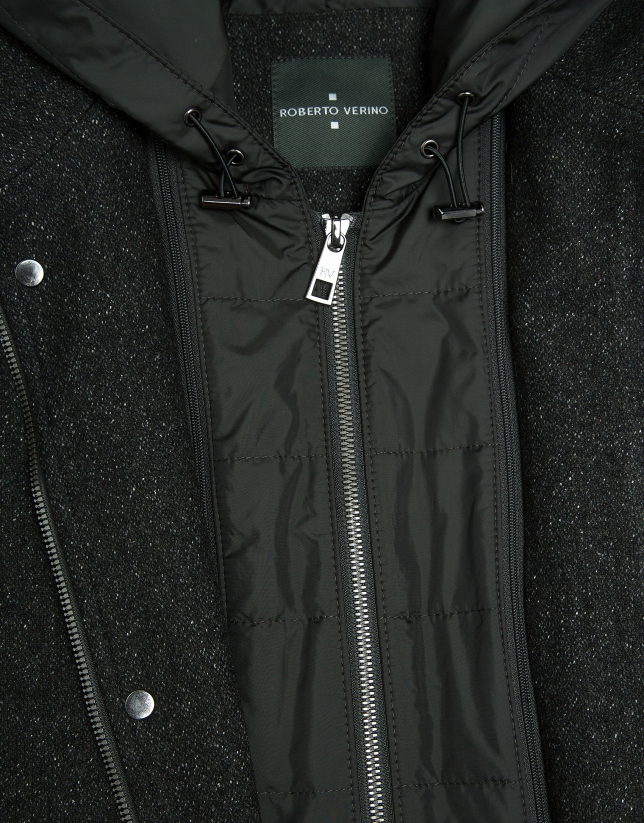 Manteau long au plastron amovible vert kaki
