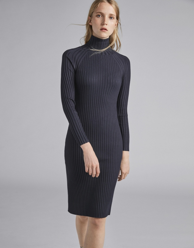 a511aa3dec9 Navy blue ribbed knit dress - Woman - AW2018