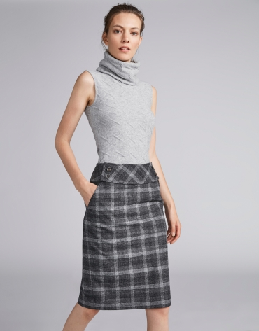 Gray glen plaid pencil skirt