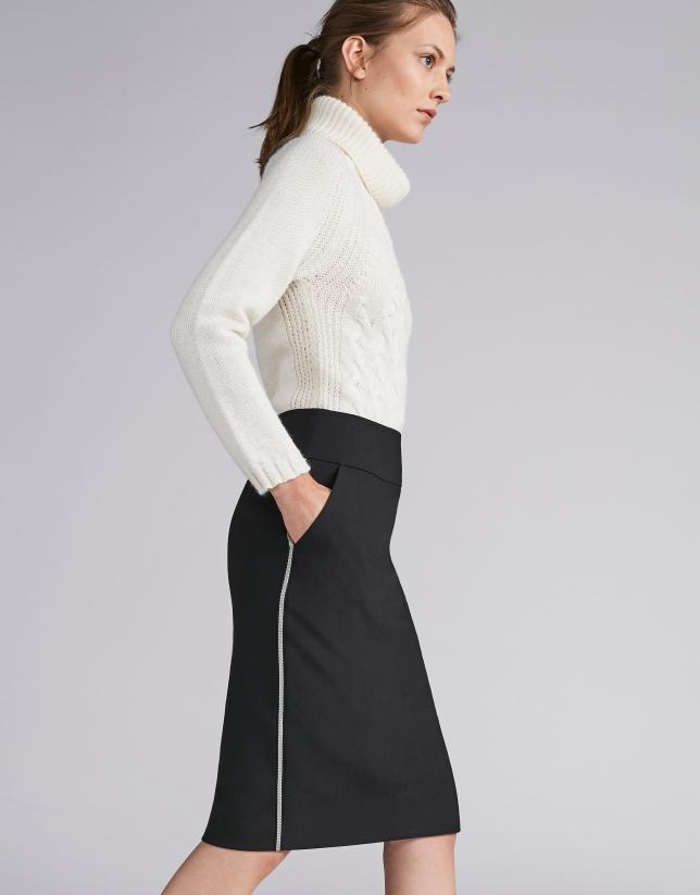 Falda lápiz negra con cinta a contraste e9fae008f014