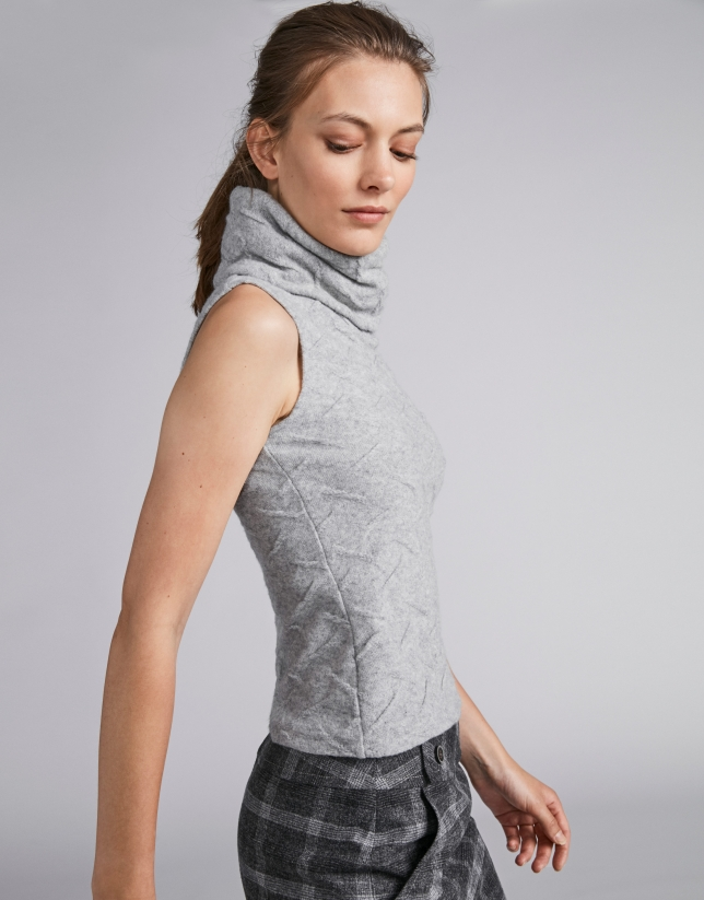 Silver sleeveless knit top