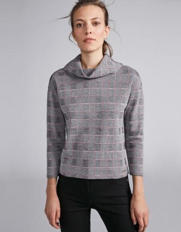 Camiseta punto gris con cuadro gales linea roja