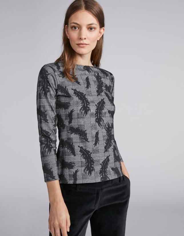 Camiseta de punto negra con jacquard