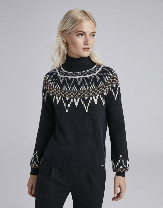 Navy blue sweater with fretted print