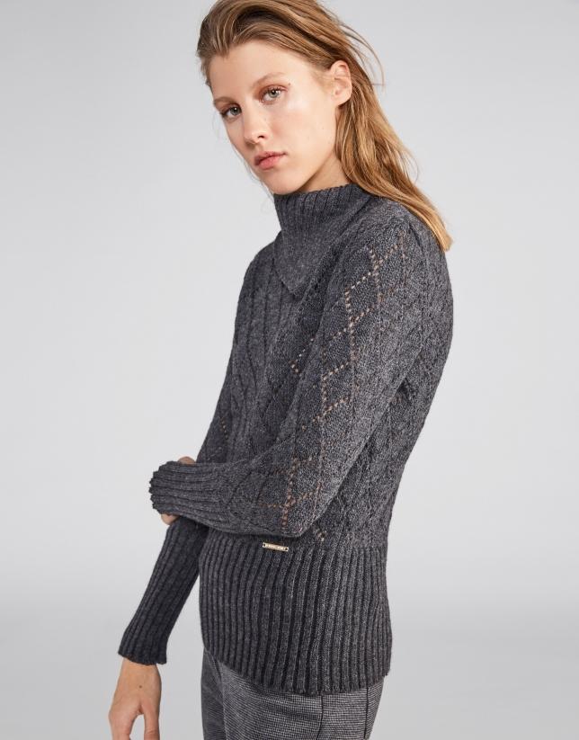 Jersey calado y cuello asimétrico gris marengo