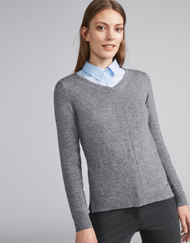 Marengo gray, V-neck sweater