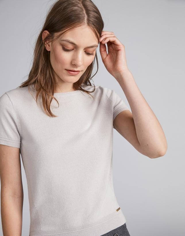 Greygris short sleeved sweater set
