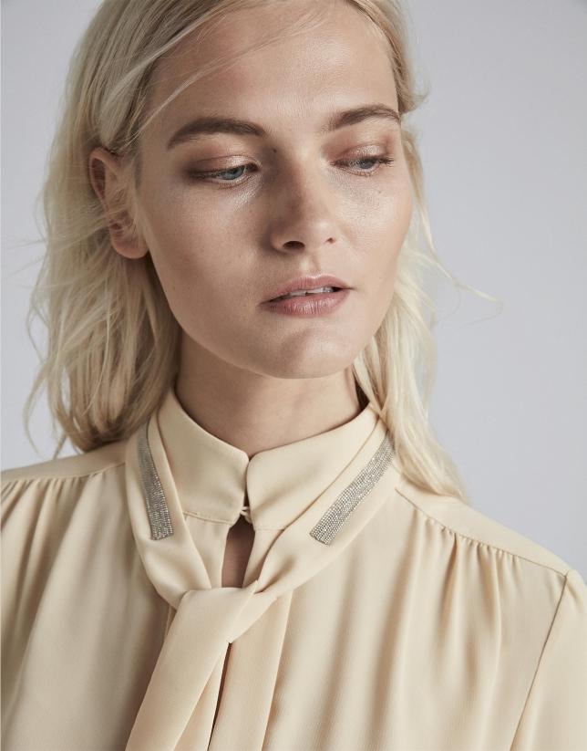 Ivory shirt with Mao collar