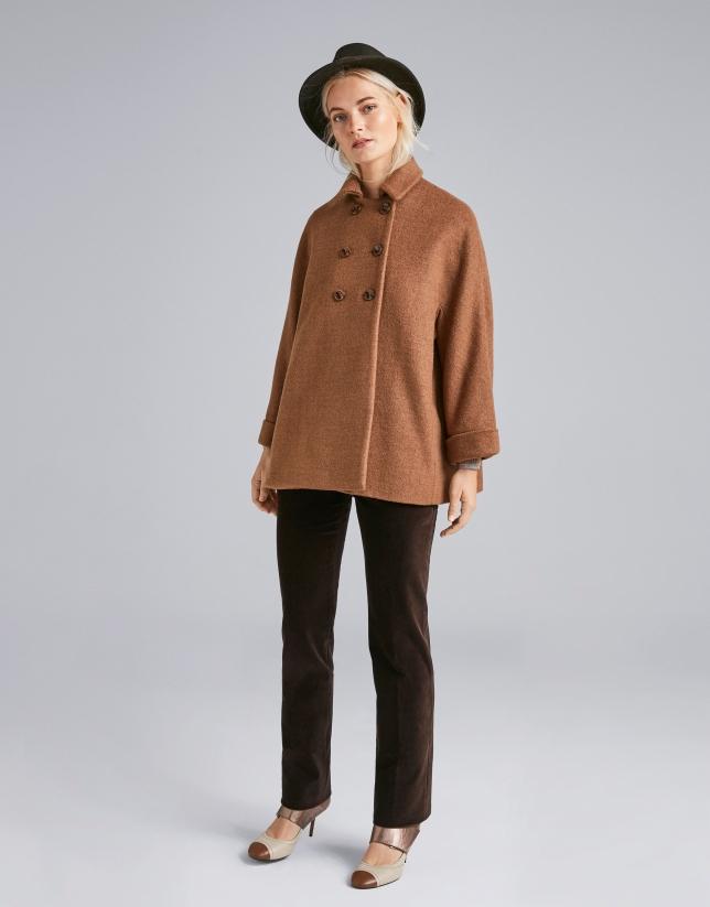 Pantalón recto marrón