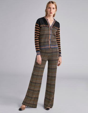 Knit pants with geometric print