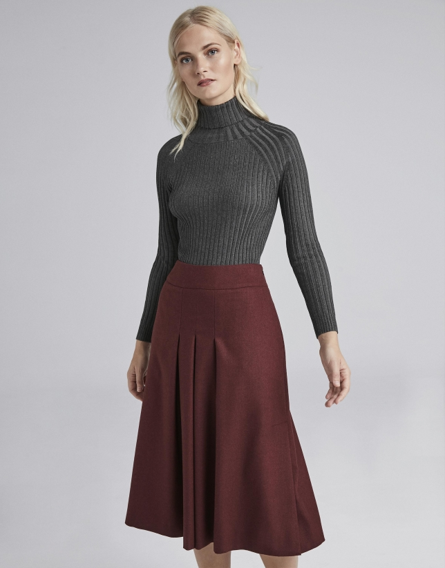 Burgundy midi skirt with folds