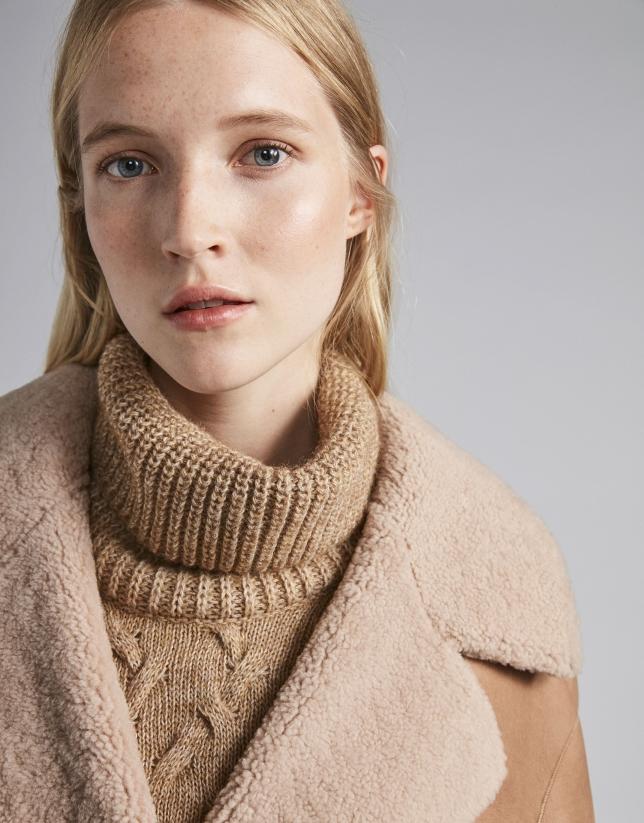 Abrigo piel doble faz reversible beige