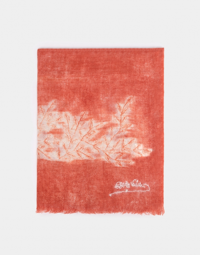 Coral wool foulard with leaves