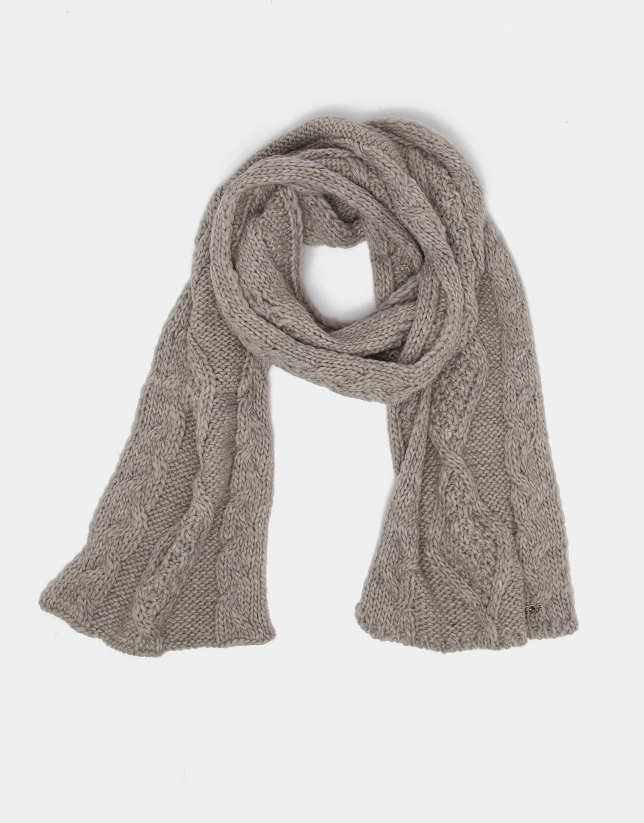 Camel wool scarf