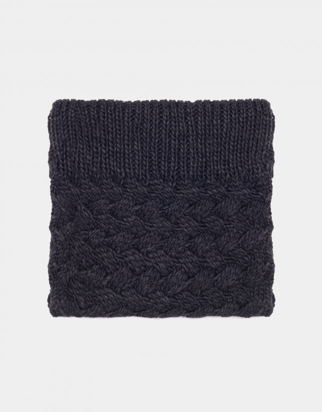 Gray wool tubular scarf