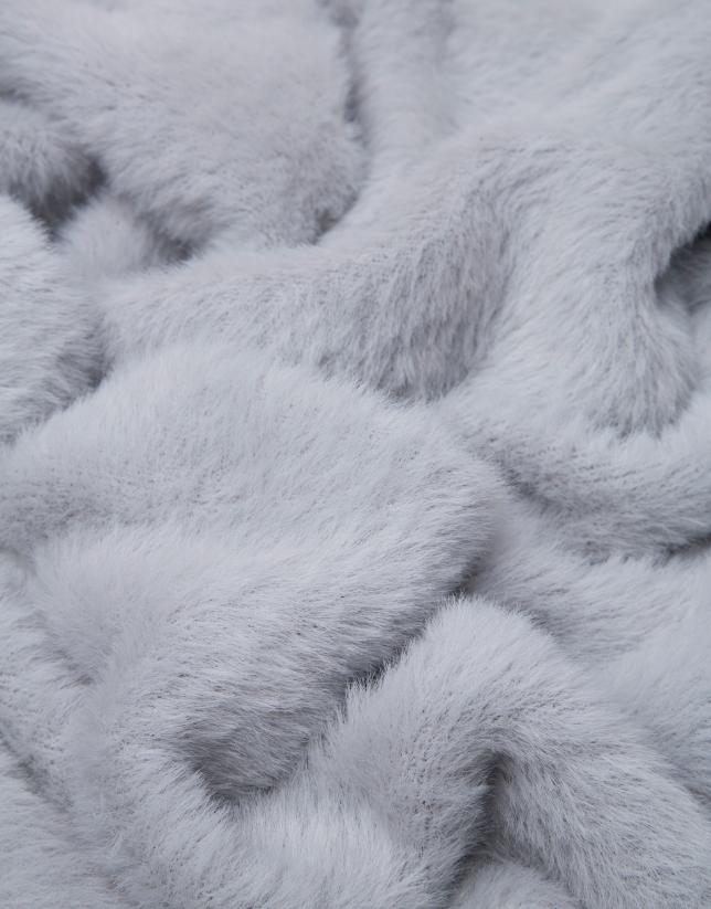 Tubular punto gris perla