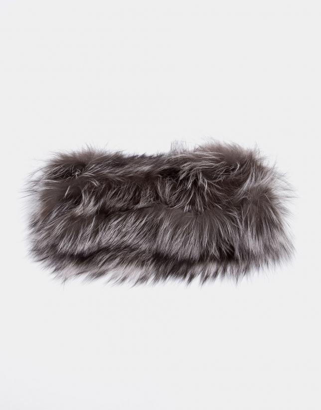 Taupe fox fur tubular scarf
