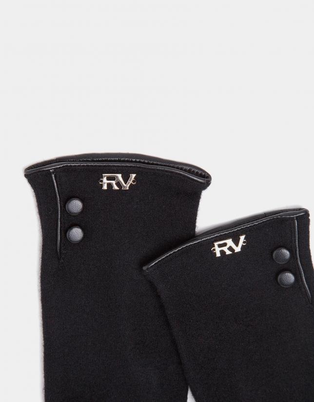 Black knit gloves