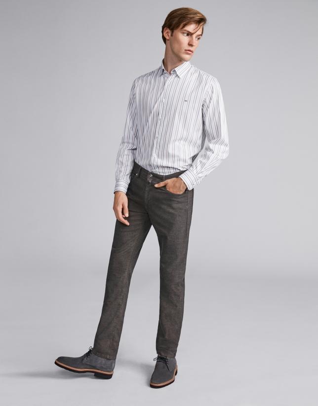 Pantalon cinq poches couleur café