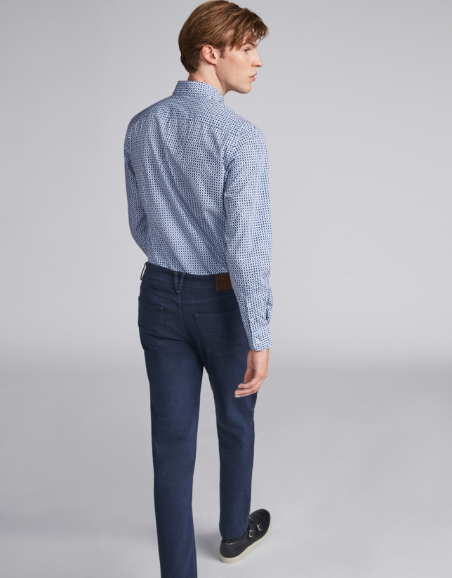 Blue pants with five pockets