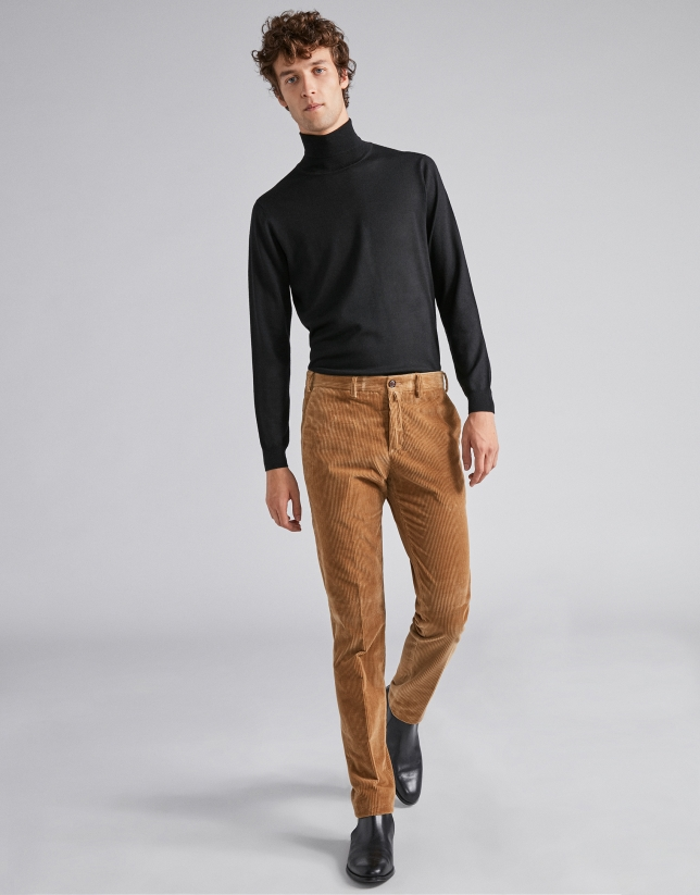 special discount of beautiful style watch Camel corduroy pants - Man - AW2018 | Roberto Verino
