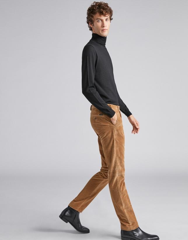 Pantalon en velours camel