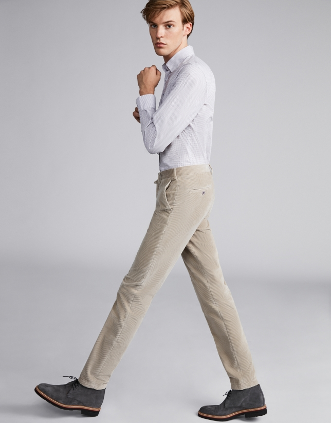 Pantalón pana beige