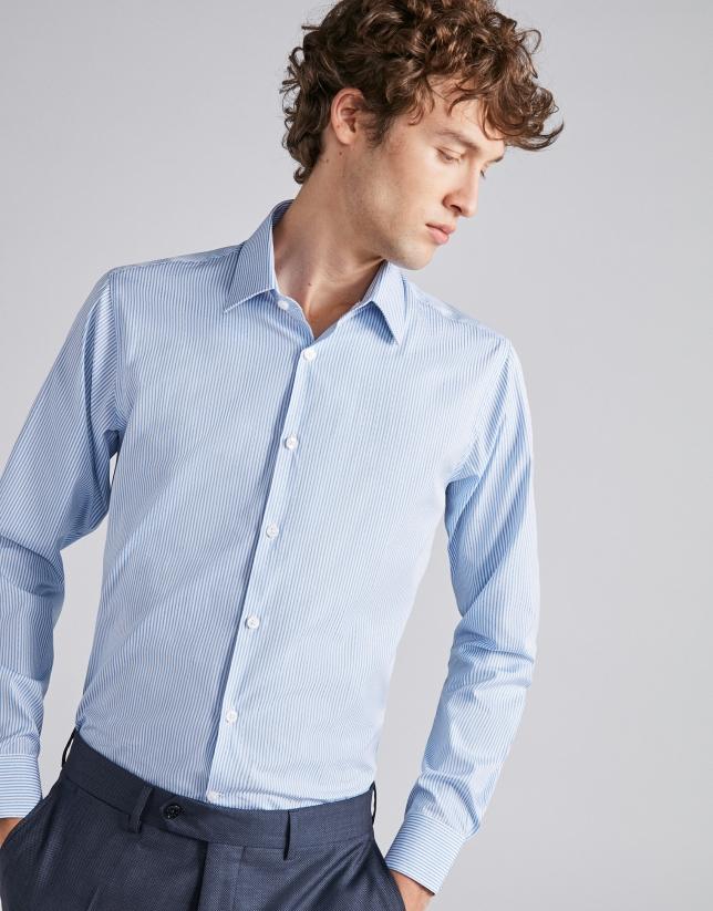 Chemise de costume à rayures bleu ciel