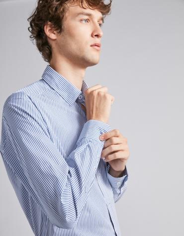 Chemise décontractée à rayures en dégradé bleu moyen