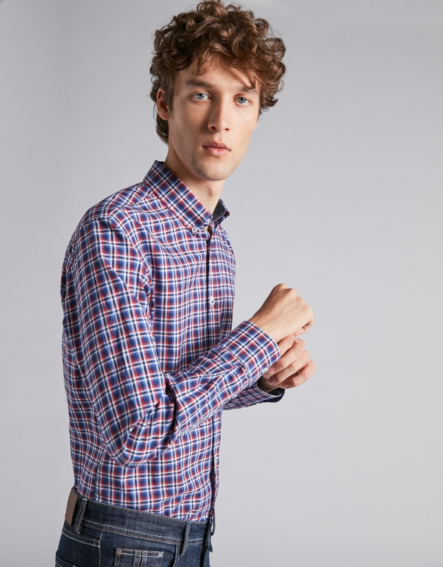 Blue/dark red checked sport shirt