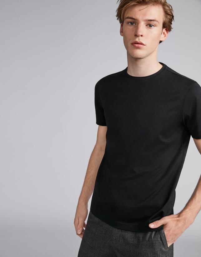 Camiseta básica negra